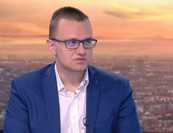 Кристиян Бойков: Чиновници гледат извратено порно на работа