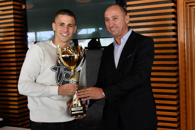 Мартин Минчев е Футболист на Варна за 2019 година
