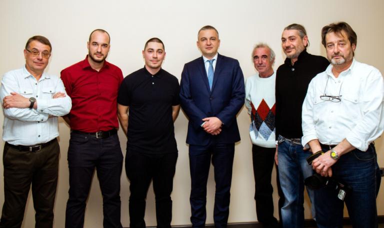 """Изложба събра приятели на """"Последните фоторепортери"""" на Варна"""