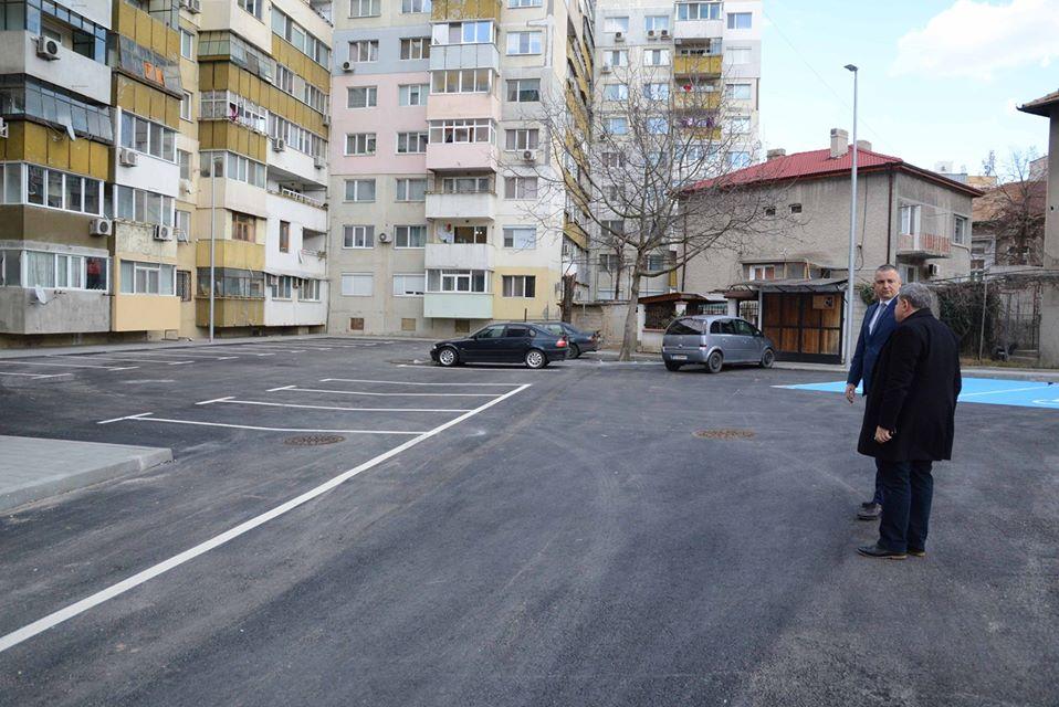 Портних: Продължава изграждането на паркинги в междублоковите пространства в целия град