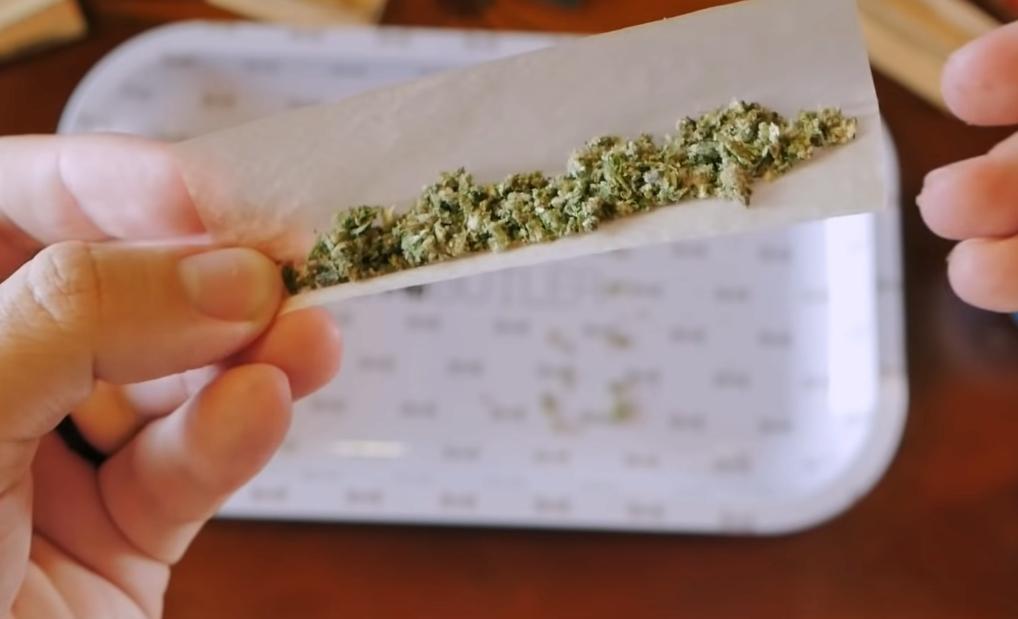 Условна присъда за 45-годишен варненец, държал и разпространявал наркотици