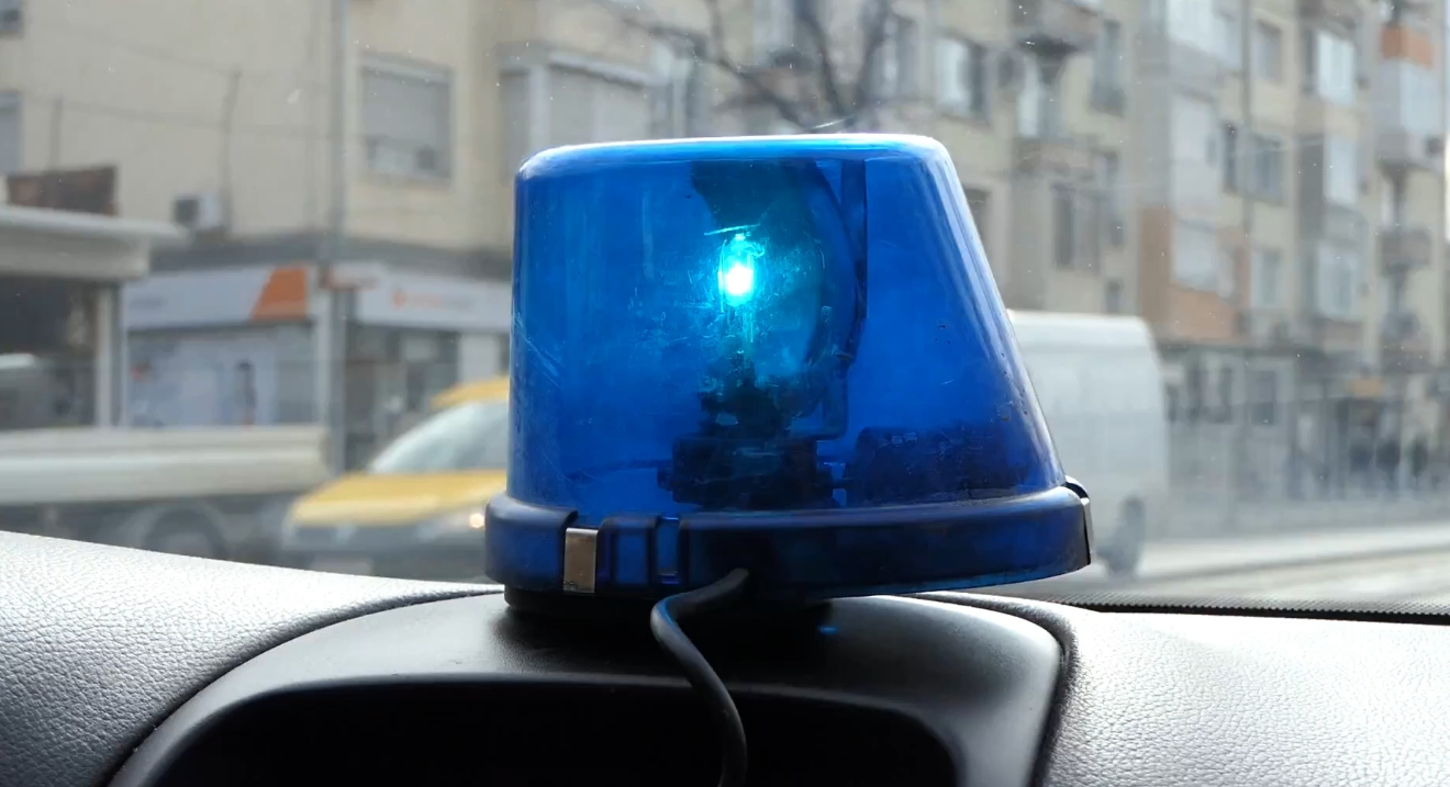 Полицейски служител, поискал и взел подкуп, отива на съд