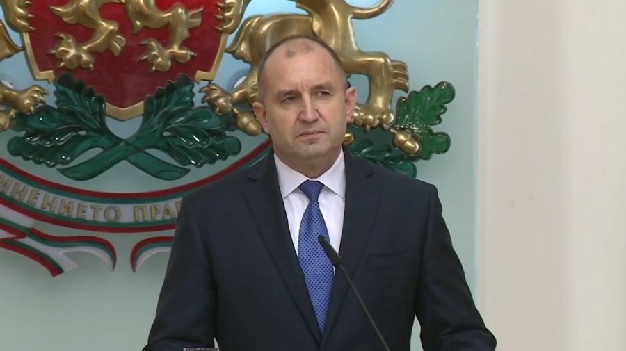 Президентът Румен Радев наложи частично вето на Закона за извънредното положение
