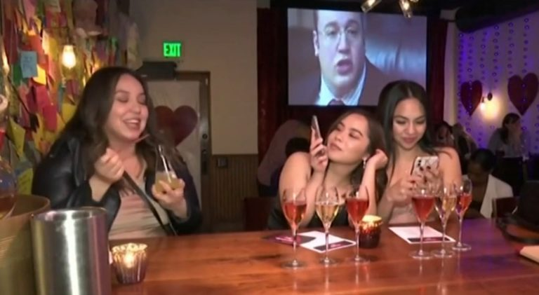 """В САЩ откриха бар """"Раздяла"""" на пук на Свети Валентин"""