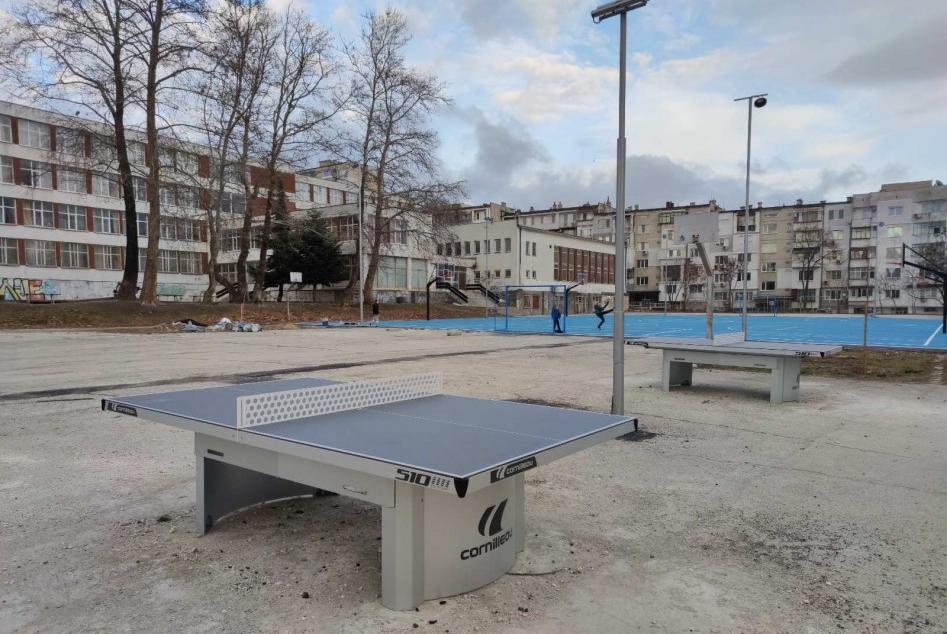 Поставиха 40 нови маси за тенис във Варна