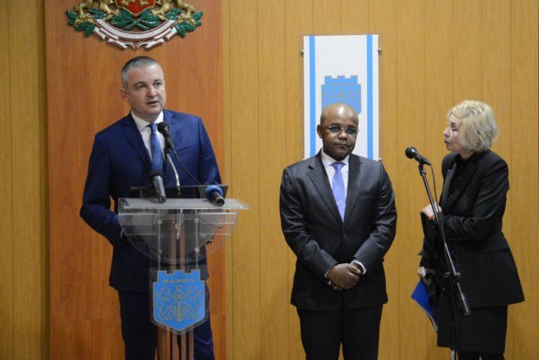 Кметът на Варна се срещна с посланика на Република Южна Африка
