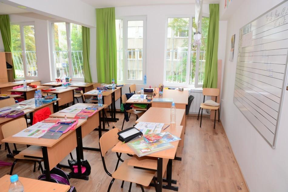 Преустановяват се учебните занятия в училища, детски градини и ясли