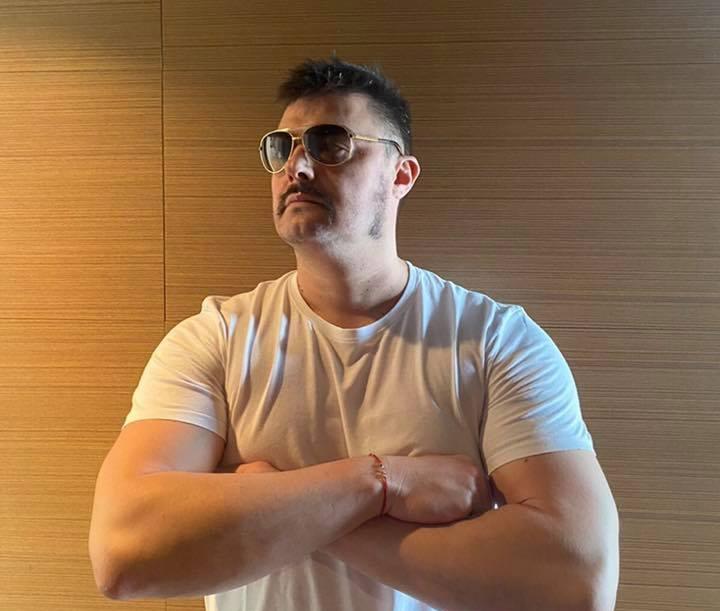 Бареков: Дарявам личния си джип на пловдивската болница, предлагам младия милионер Джамбазки да се присъедини