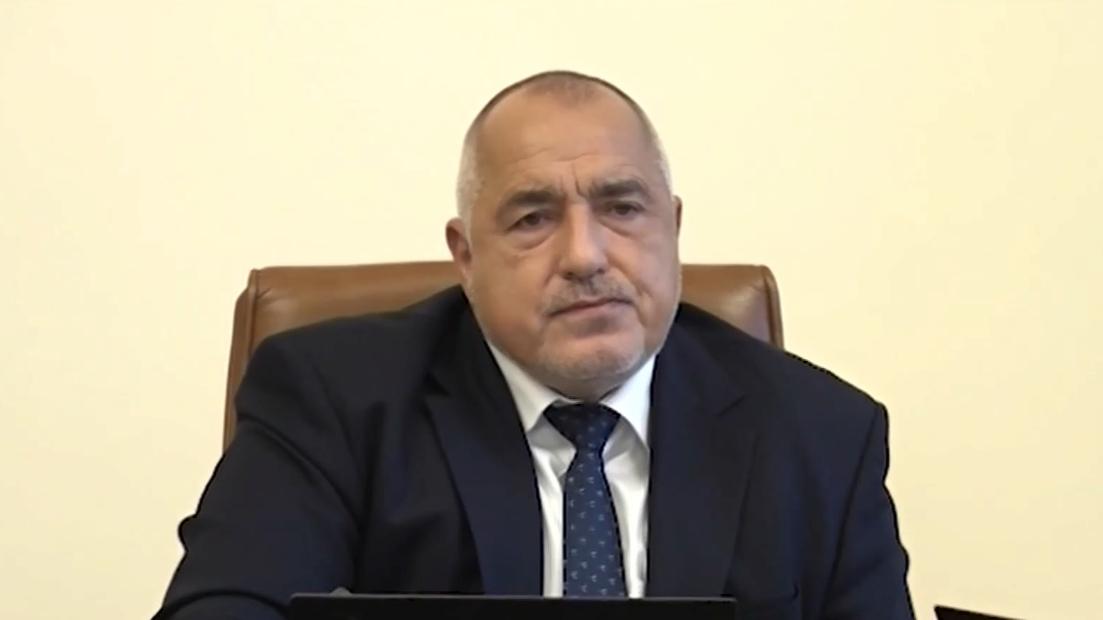 Борисов спря ваксинацията с AstraZeneca