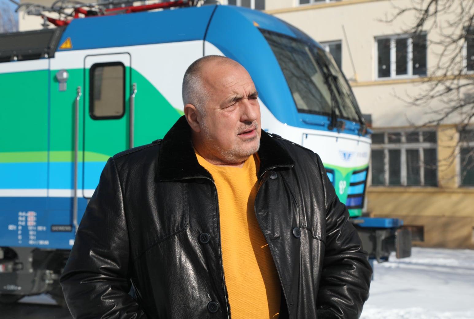 Борисов разгледа новите локомотиви на БДЖ