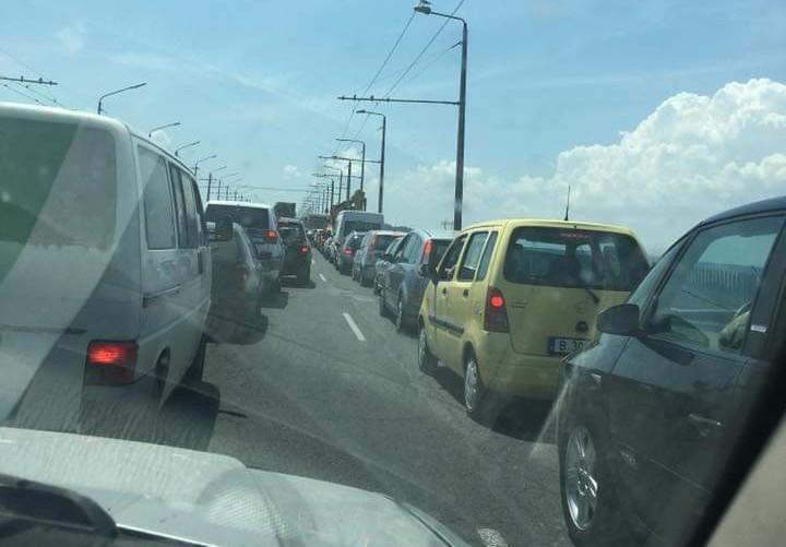Ограничено е движението в посока Варна в участък от Аспаруховия мост