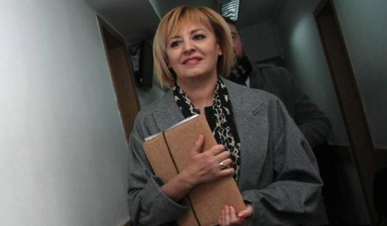 Мая Манолова заведе пет дела срещу ПИК и Ретро за 250 000 лева