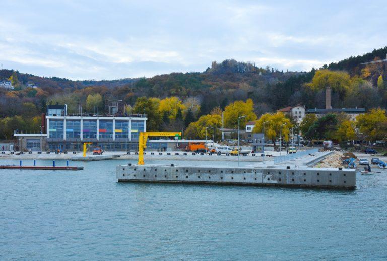"OП ""Паркинги и синя зона"" поема управлението на рибарско пристанище ""Карантината"""