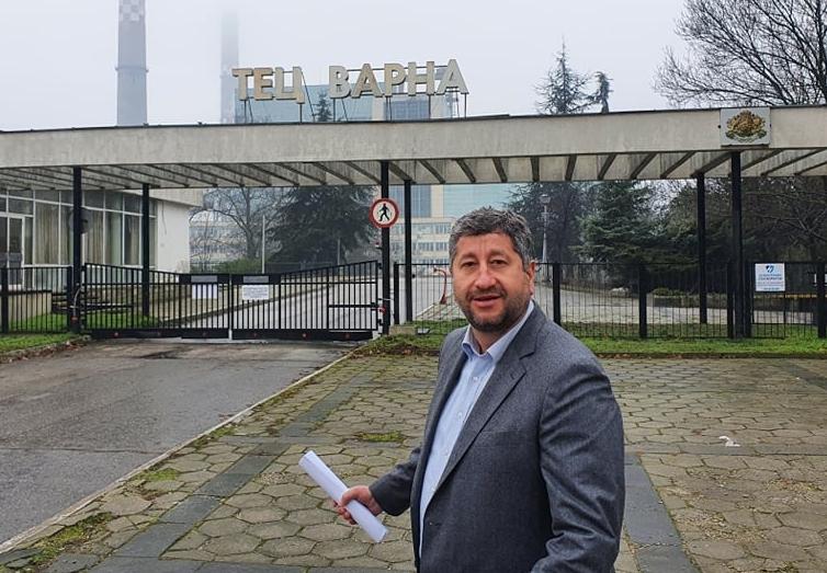 """Христо Иванов от ТЕЦ """"Варна"""": Институциите са обслужващ персонал за корупционните далавери"""
