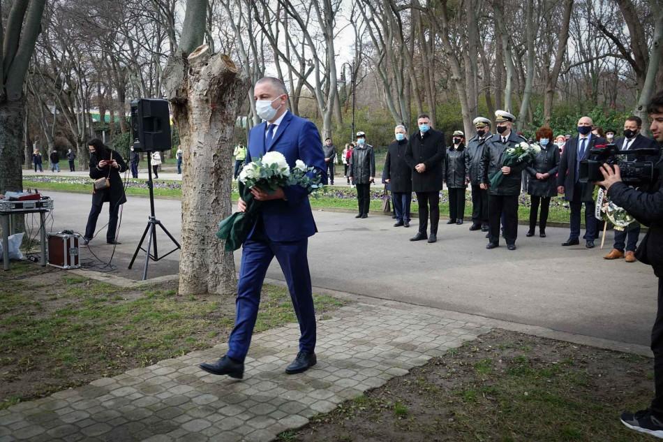 Варна отбеляза 173 години от рождението на Ботев