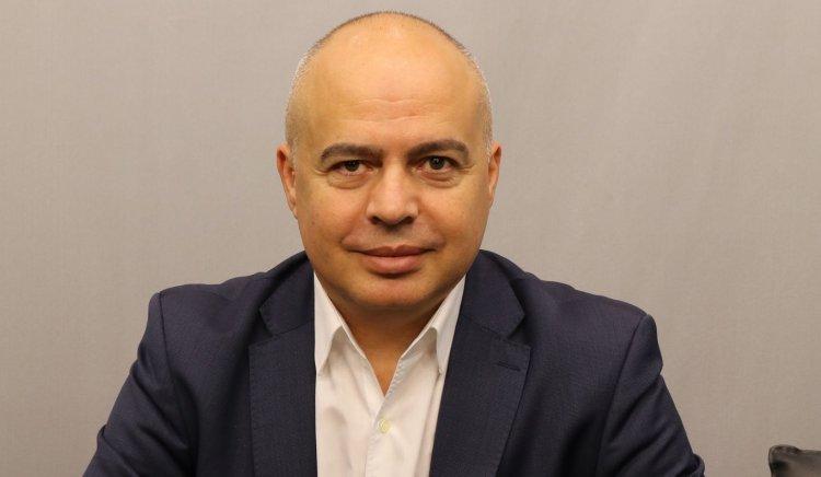 """Георги Свиленски: БСП настоява за доставка на руската ваксина """"Спутник V"""", за да се реши проблемът с недостига на ваксини в страната ни"""