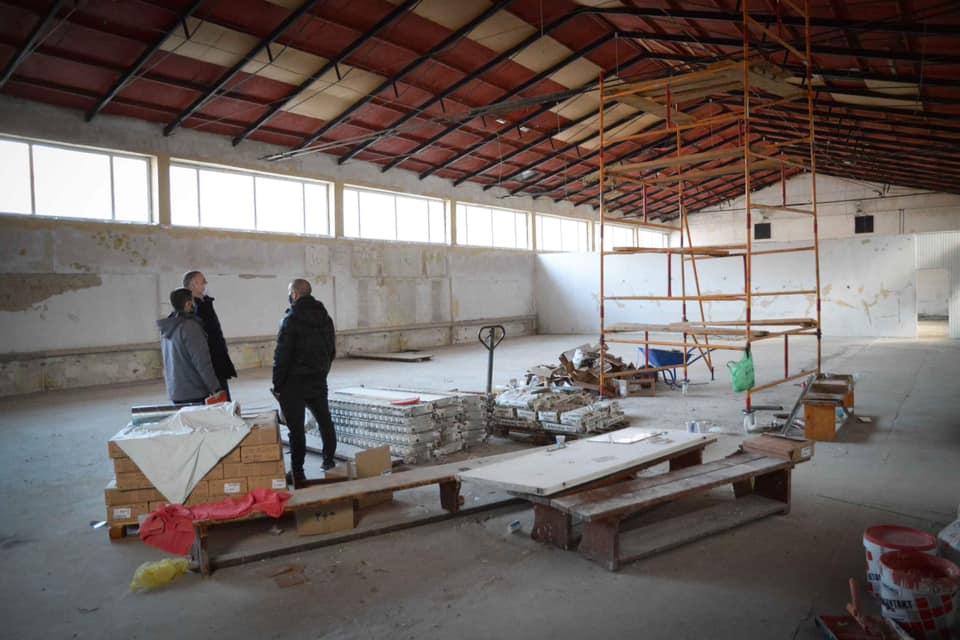 """Кметът Портних: Започваме дългоочаквания ремонт на залата за борба в спортен комплекс """"Простор"""""""