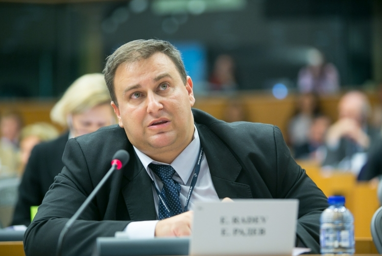 Емил Радев: ЕНП настоява за цифрово зелено удостоверение и за хората с антитела срещу COVID-19