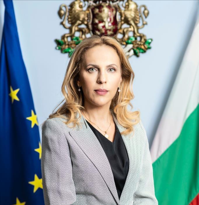 """Марияна Николова пред """"Беновска пита"""": След 30-годишно прекъсване, отново ще отворим свое туристическо представителство в Полша"""