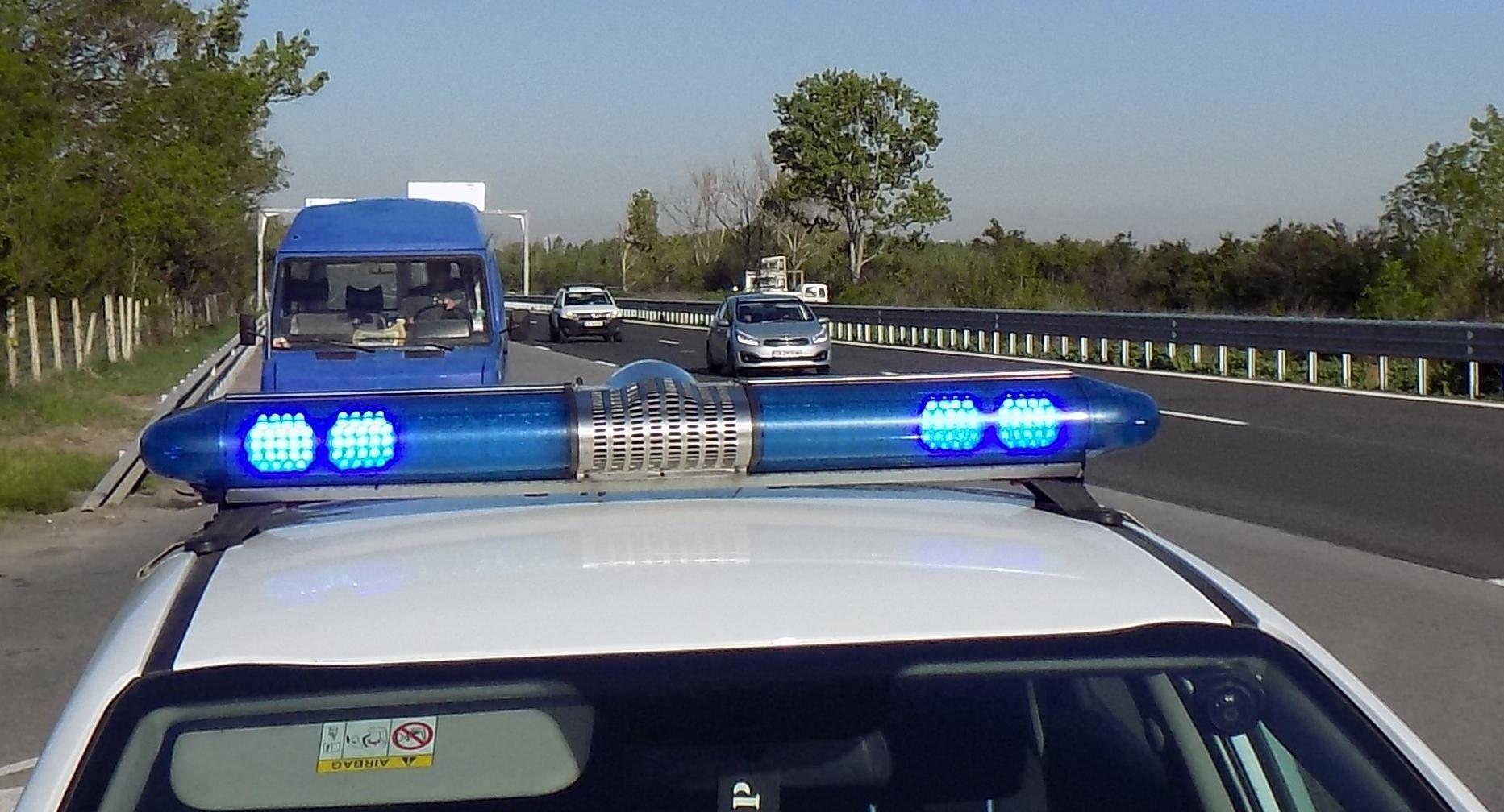 Специализирана полицейска операция в село Синдел