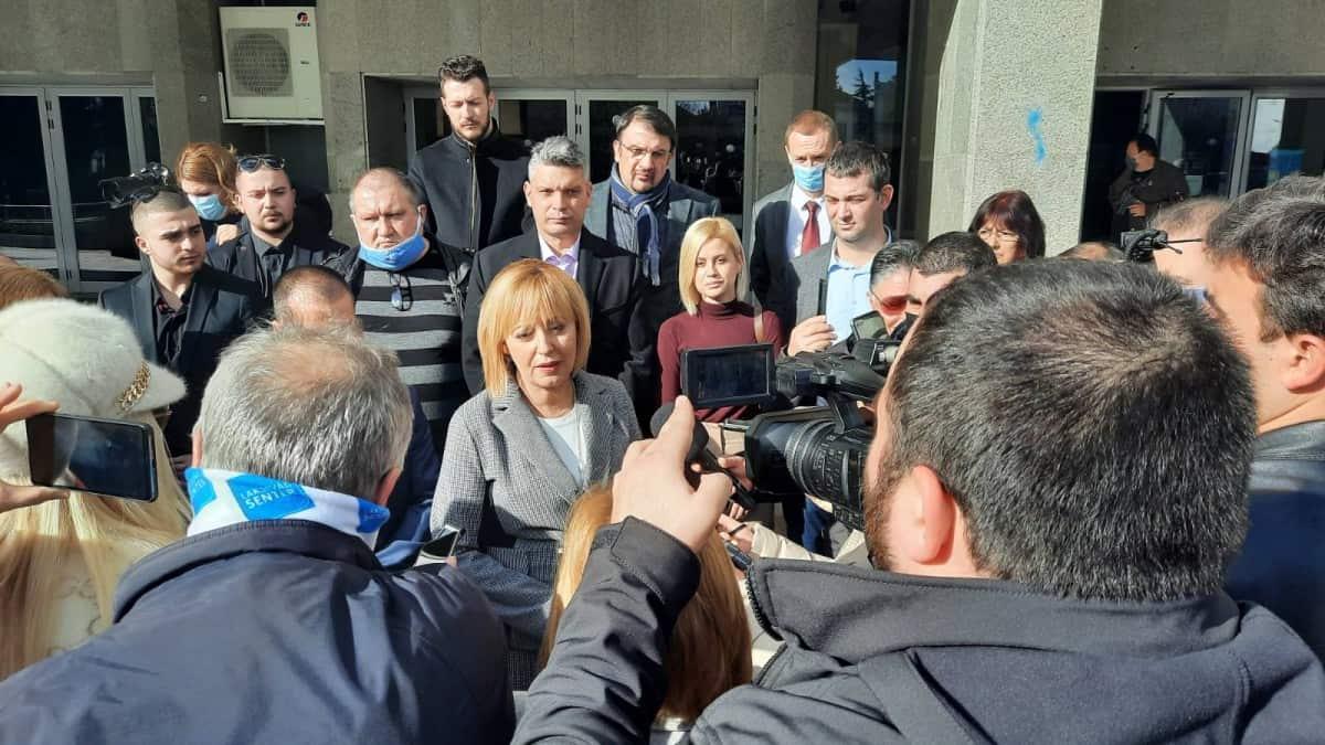 Манолова: Борисов вече няма да е премиер