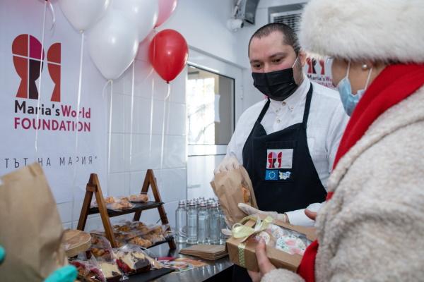 """Кухня в Дом """"Надежда"""" е превърната в център за развитие на трудови умения"""