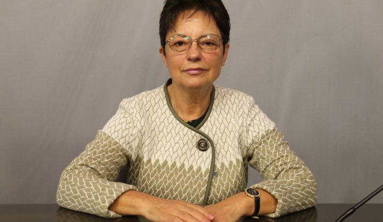Ирена Анастасова: Ако има ред и правила, стимулиране на младите хора и прозрачно управление – ще върнем нашите деца в България
