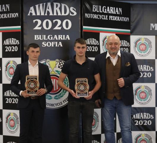 Министър Кралев участва в награждаването на най-добрите български мотоциклетисти за сезон 2020