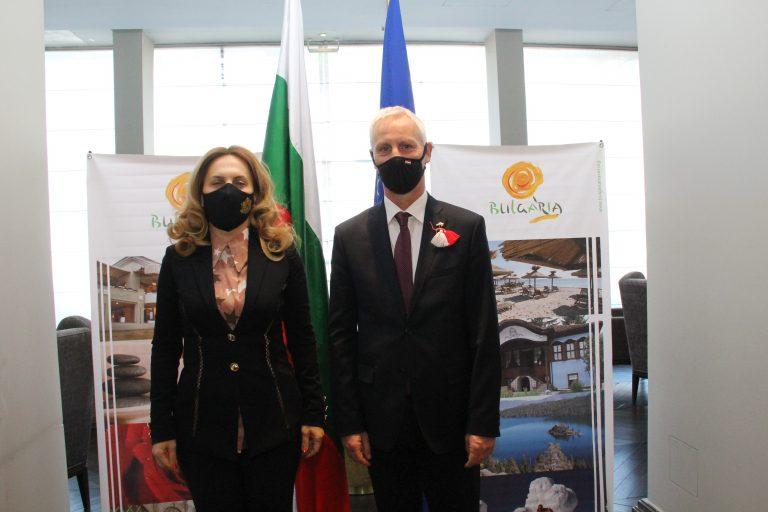 Вицепремиерът Марияна Николова се срещна с държавния секретар на Унгария Миклош Шолтес