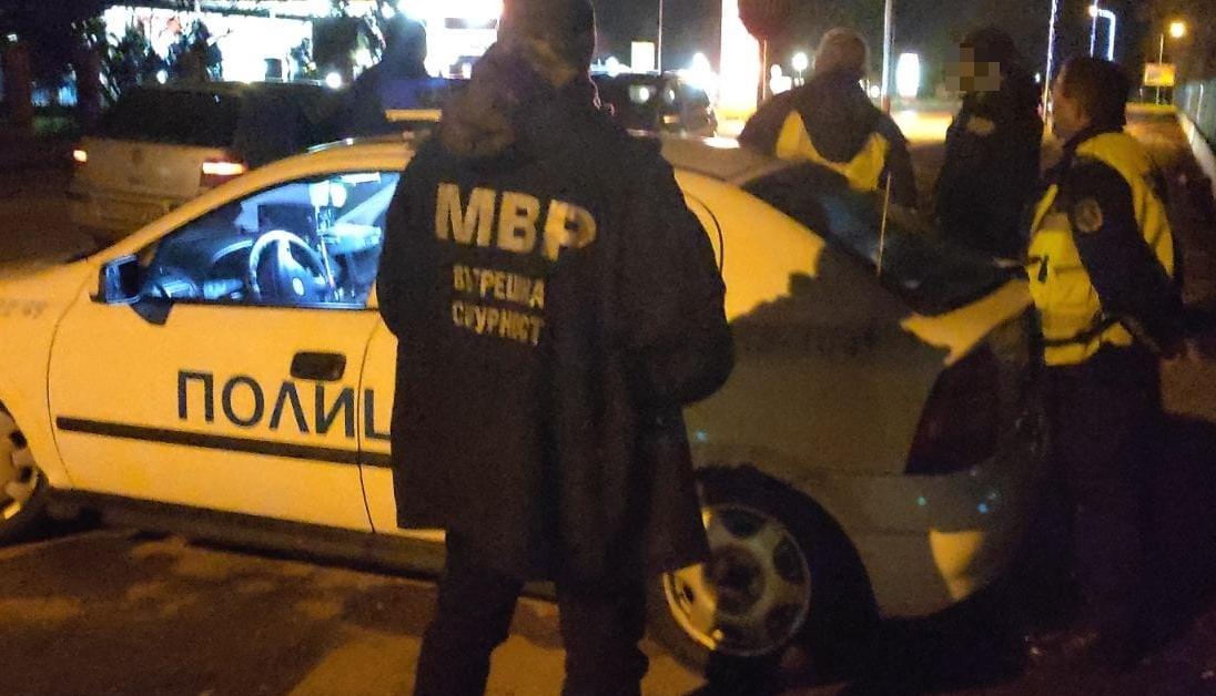 Клиент стреля в заведение в Бургас, ядосал се, че затваря рано