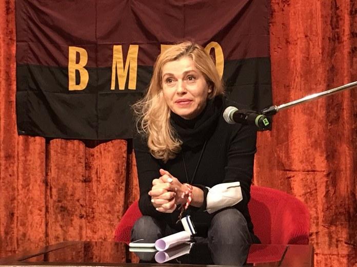 """Ернестина Шинова: В България """"майка"""" е свята дума и няма да позволим да ни я вземат"""