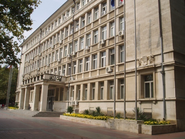 5 г. затвор за 40-годишен мъж от Варна, извършил четири престъпления