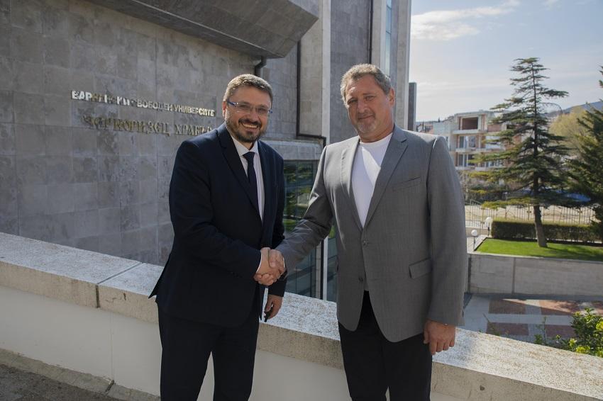"ВСУ ""Черноризец Храбър"" и БТА договориха партньорство по стратегически за двете институции теми"