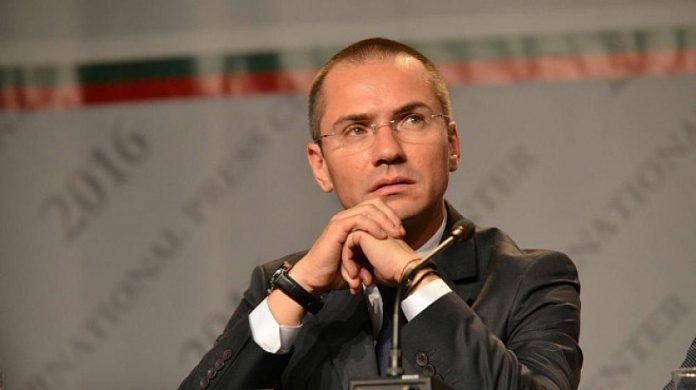 Джамбазки: Скоро българите ще разберат, че не е едно и също да правиш скечове по телевизора и да управляваш