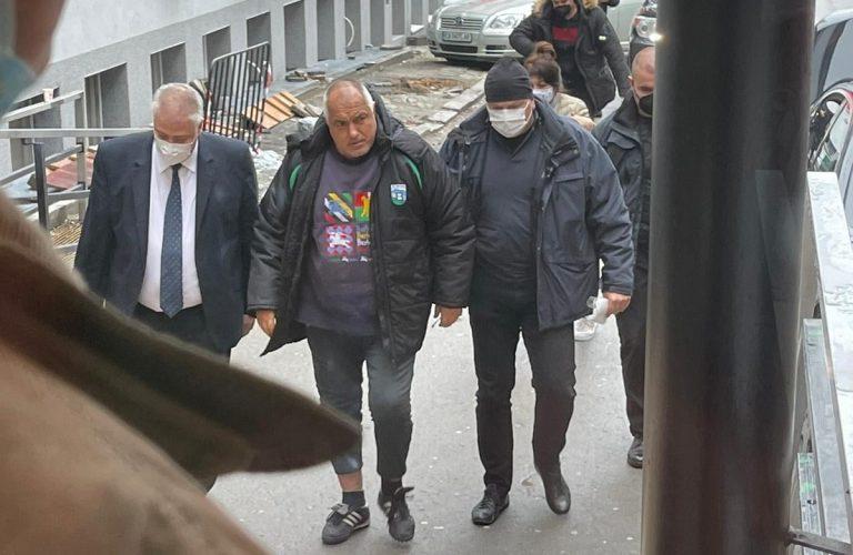 Борисов е приет в болница за операция