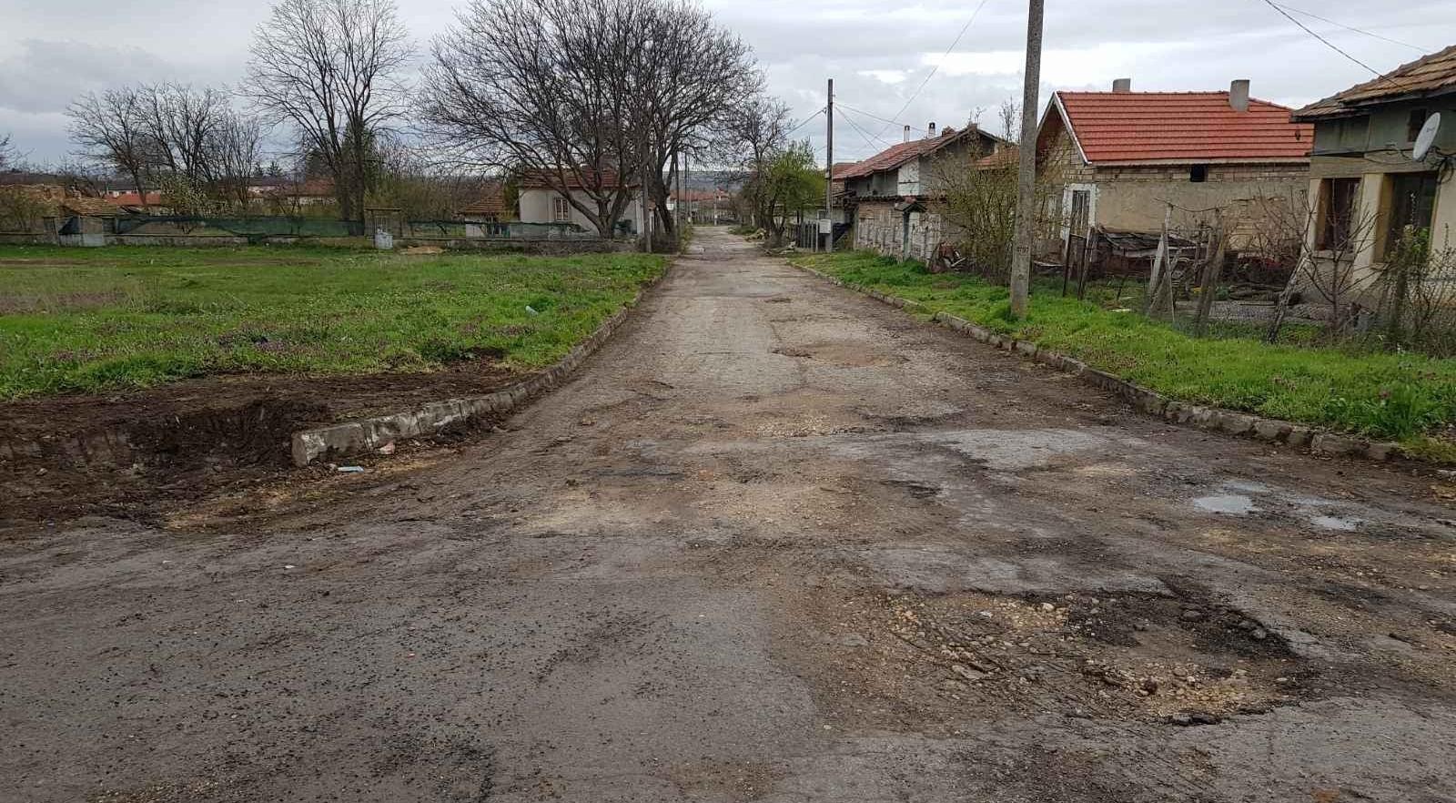 Започва основен ремонт на второстепенна улична мрежа в Суворово