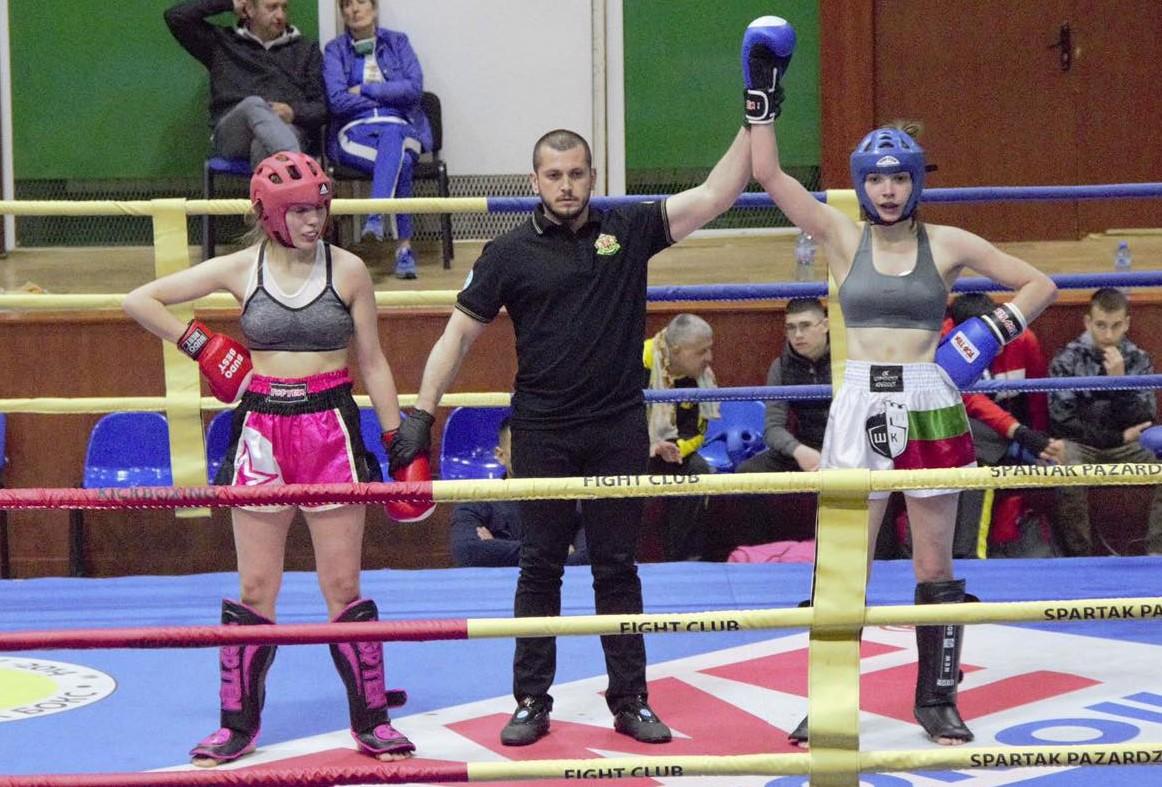 """Студентка на ВСУ """"Черноризец Храбър"""" е двукратен републикански шампион по кикбокс"""