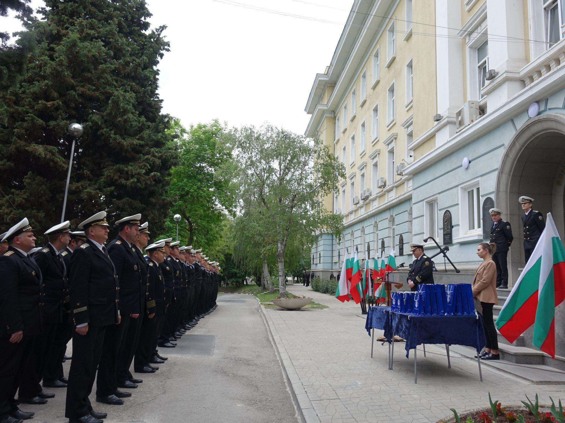 Морско училище почете светите братя Кирил и Методий