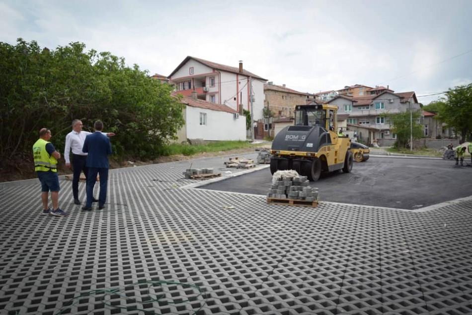Кметът Иван Портних направи оглед на ремонти в Аспарухово