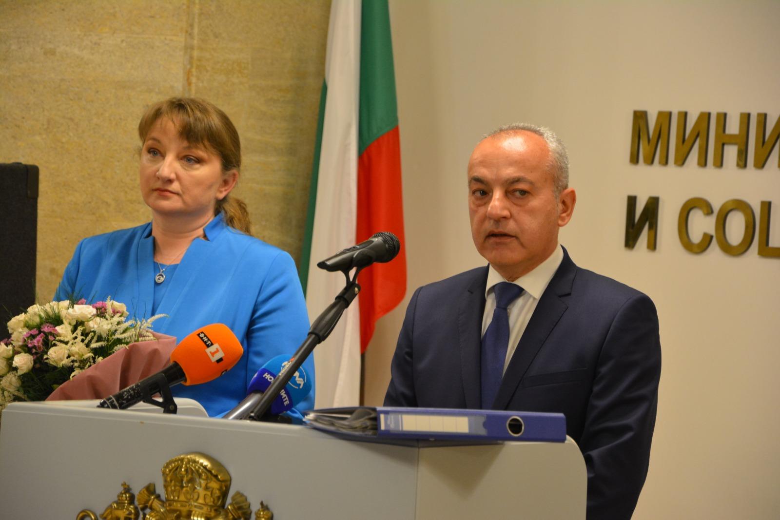 Министър Гълъб Донев: Основен приоритет ще бъде да възстановим заетостта и качеството на работната сила