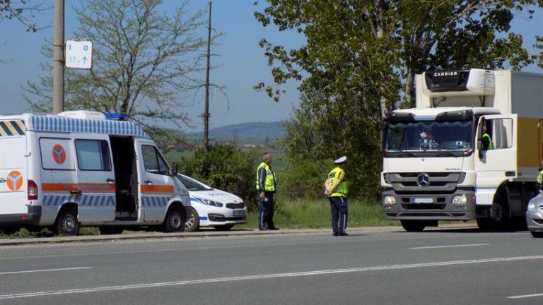 Започват засилени проверки на товарните автомобили и автобусите