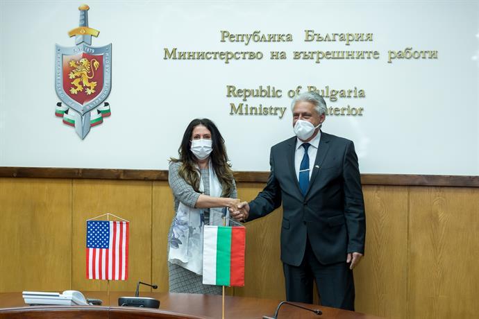 Министърът на вътрешните работи проведе среща с посланика на Съединените американски щати в София