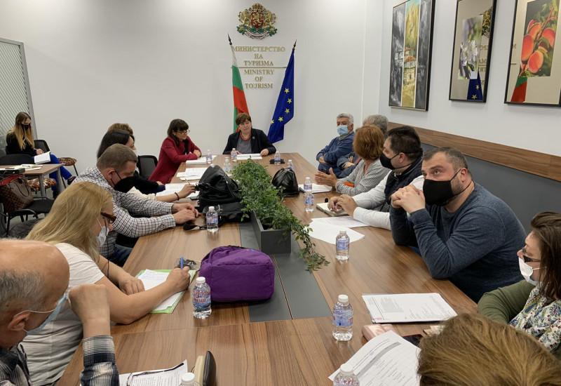 Среща на министъра на туризма Стела Балтова със сдруженията на екскурзоводите