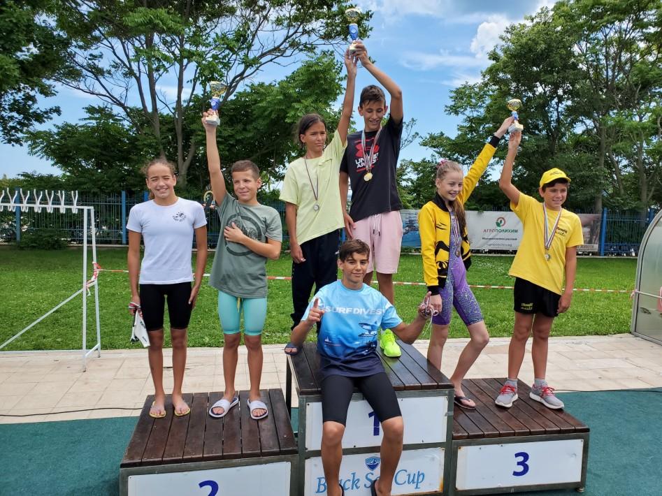 245 участници се състезаваха в общински турнир по плуване