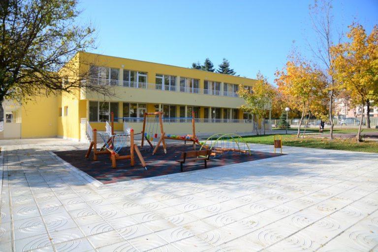 183 свободни места са обявени за трето класиране в детските градини
