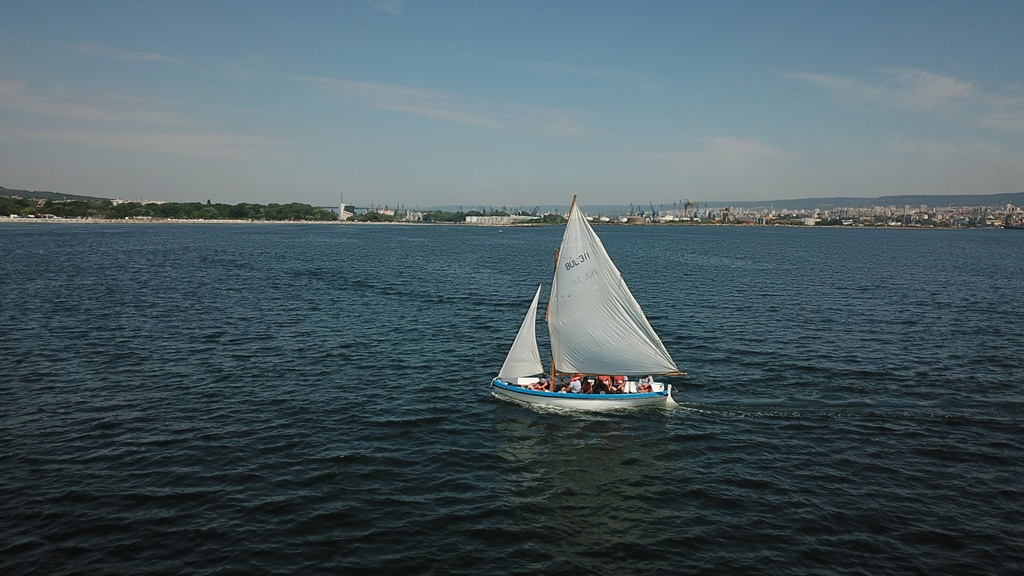 Студенти от ВВМУ започнаха лагер по морска подготовка