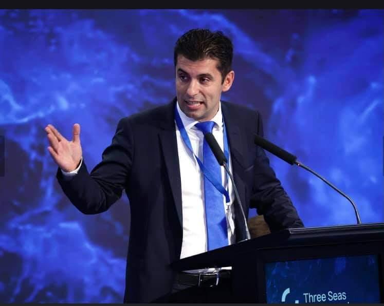 """Кирил Петков:  Иновациите са нова възможност за Инициативата """"Три морета"""""""