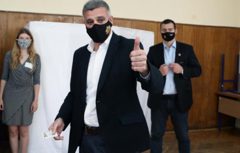 Премиерът Янев: Гласувайте, защото от нашия глас зависят достойните старини на нашите родители и бъдещето на поколенията след нас