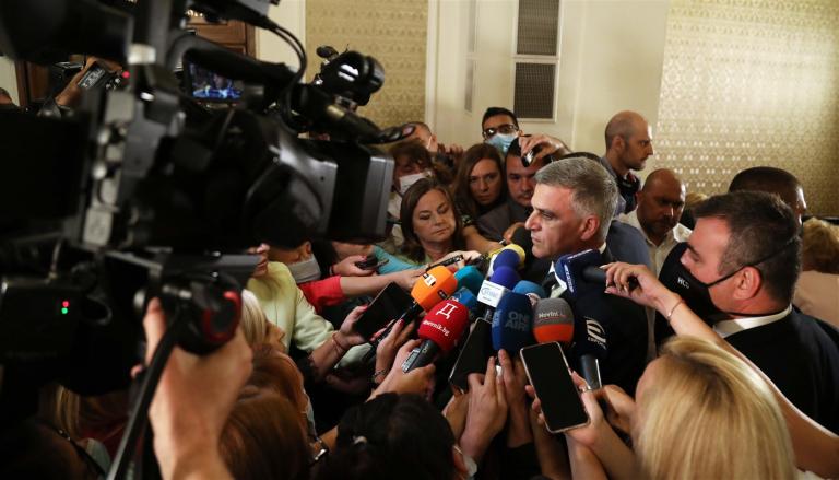 Премиерът Янев: Правителството трябва да бъде създадено на базата на приоритети, важни за гражданите, за да я има България, за да ни има и нас