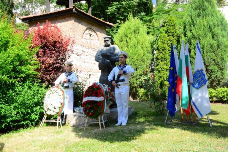 Варна отбеляза 143 години от Освобождението